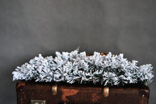 Podkład pod stroik na święta śnieżony biały podłużny