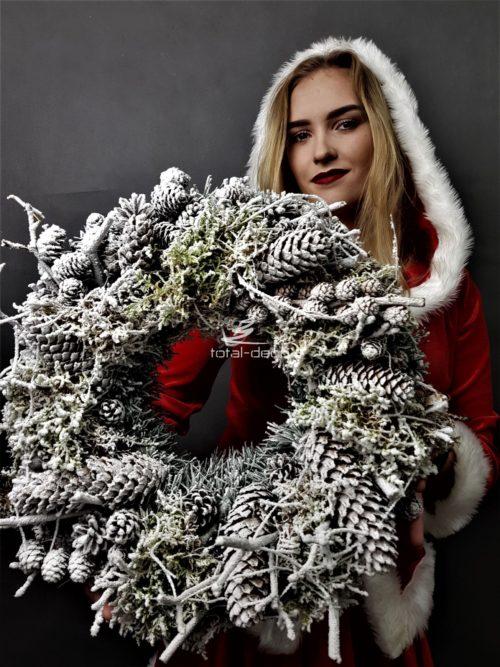 ośnieżony wianek dekoracja świąteczna podkłąd pod stroik dekoracje świąteczne hurtownia